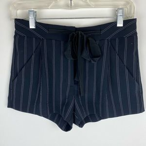 Aritzia Wilfred Exergue Striped Shorts Size 00